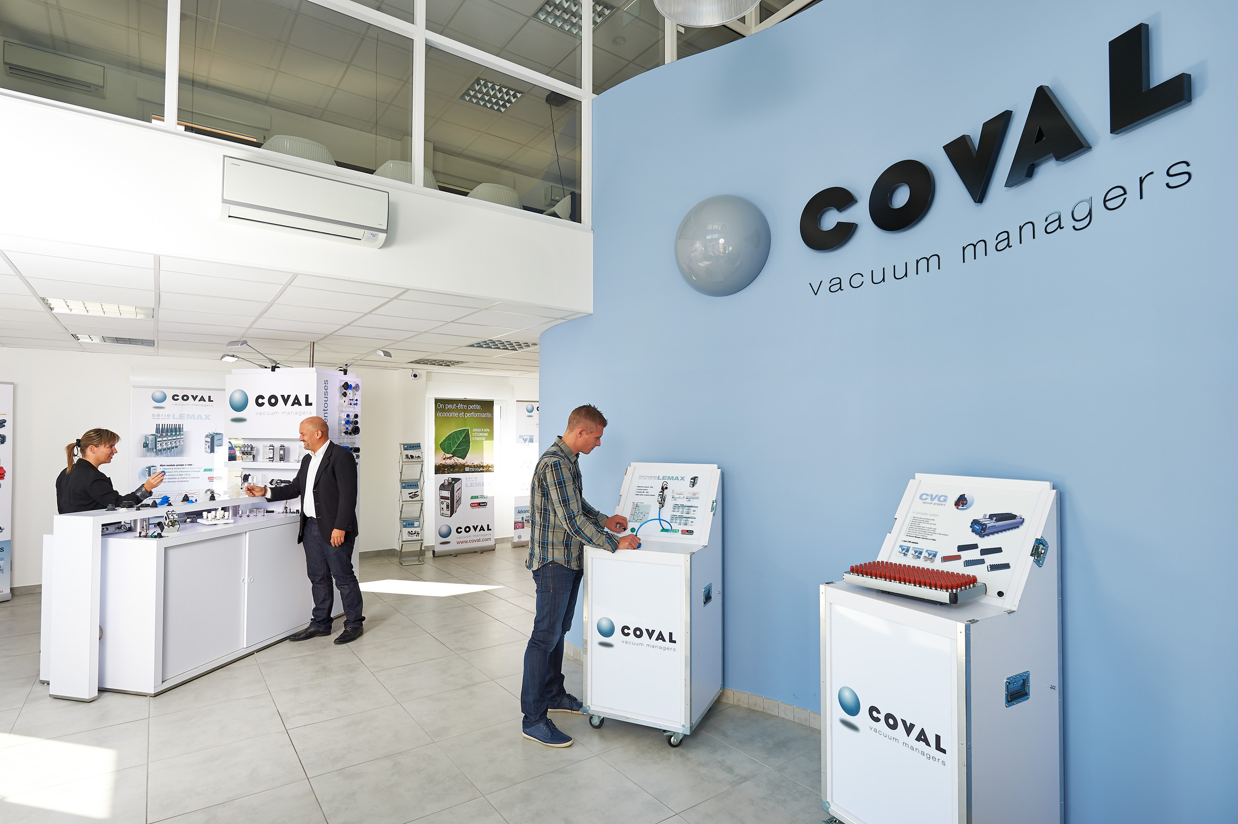 Show room COVAL
